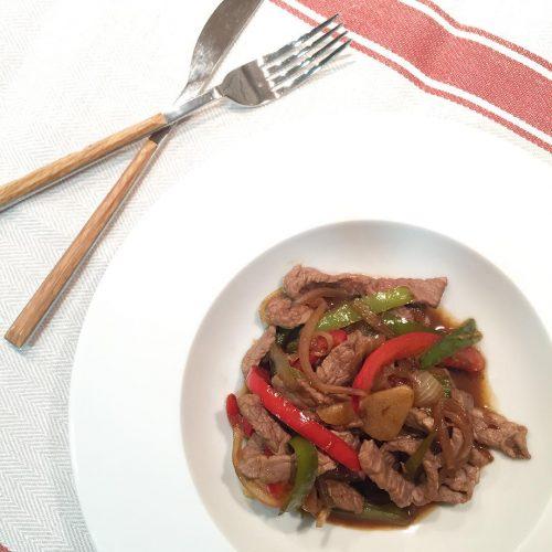 Wok de verdures amb vedella i salsa de soja